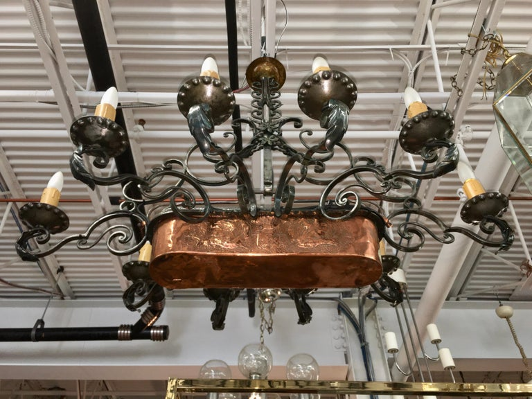 French Fer Forge 10-Light Chandelier with Copper Jardinière For Sale 5