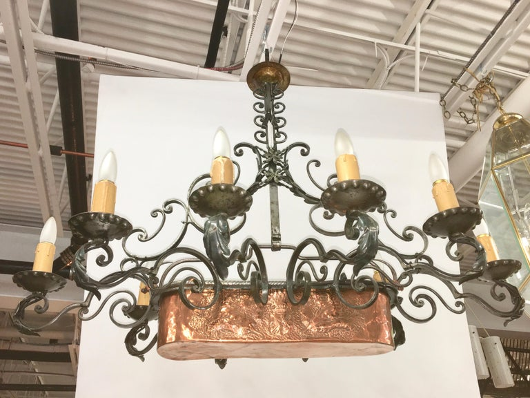French Fer Forge 10-Light Chandelier with Copper Jardinière For Sale 2