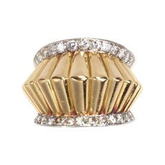 French Fluted Gold and Diamond Ring, Circa 1940