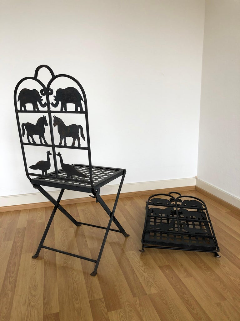 French Foldable Pair of Wrought Iron Garden Chairs with Animals Elephants Horse For Sale 6