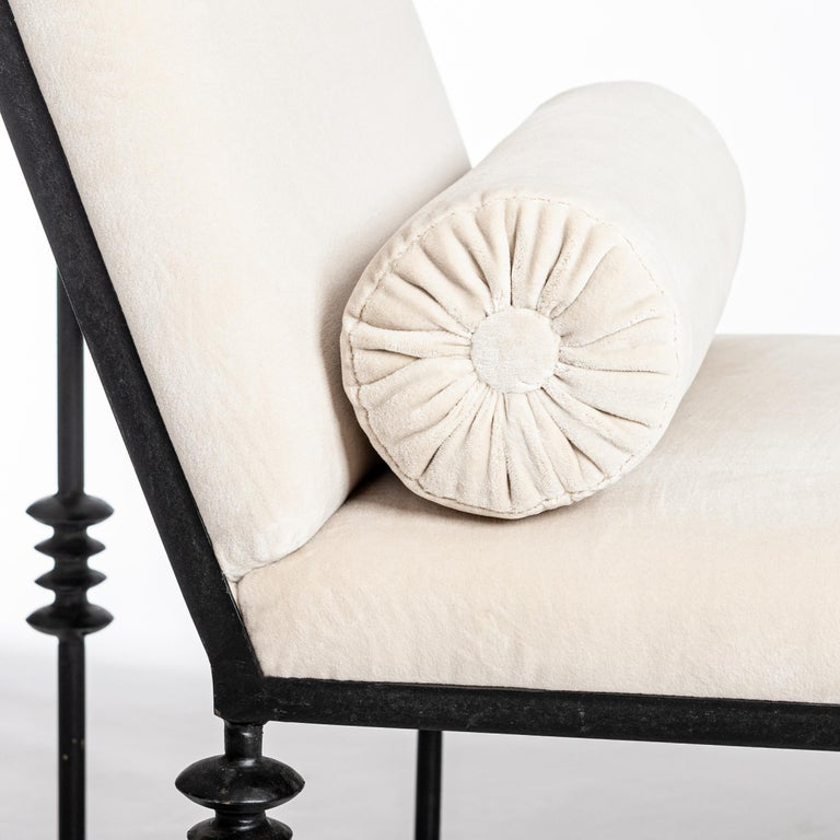 Art Deco French Forged Iron Chaise Longe Offwhite Velvet from the 1940s For Sale