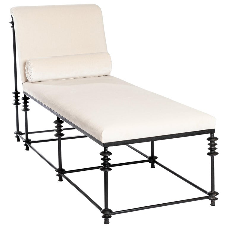 French Forged Iron Chaise Longe Offwhite Velvet from the 1940s For Sale