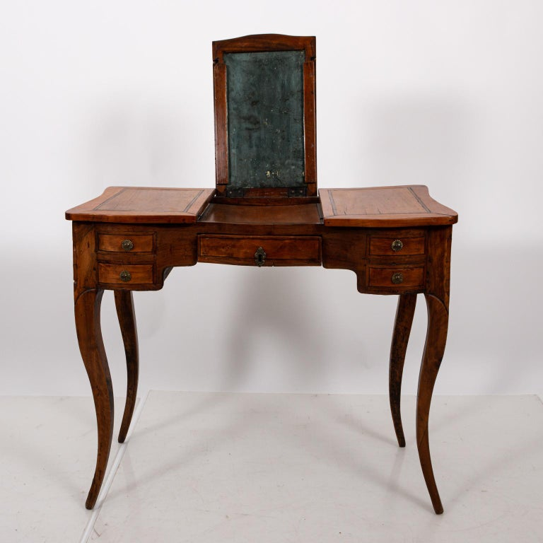 French Fruitwood Poudreuse For Sale 5