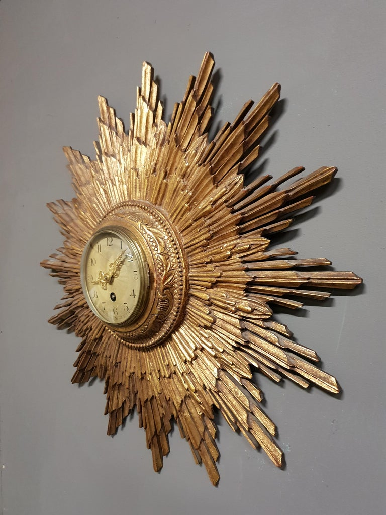 French Gilded Sunburst Signed Japy Frères Clock, circa 1920 For Sale 2
