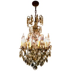 French Gilt Bronze and Crystal Chandelier of Baroque Inspiration, Nine-Light
