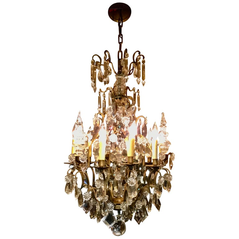 French Gilt Bronze and Crystal Chandelier of Baroque Inspiration, Nine-Light For Sale