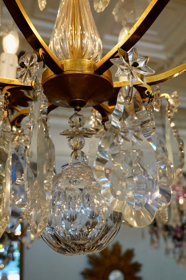 French Gilt-Bronze Chandelier with Exceptional Crystals For Sale 9