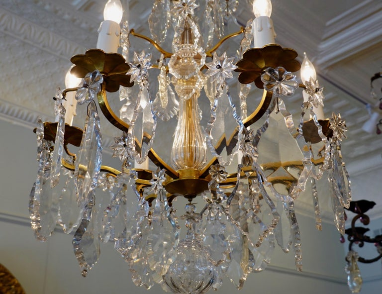 French Gilt-Bronze Chandelier with Exceptional Crystals For Sale 11