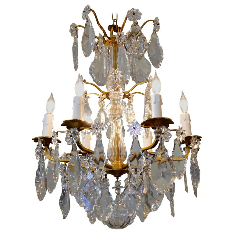 French Gilt-Bronze Chandelier with Exceptional Crystals For Sale