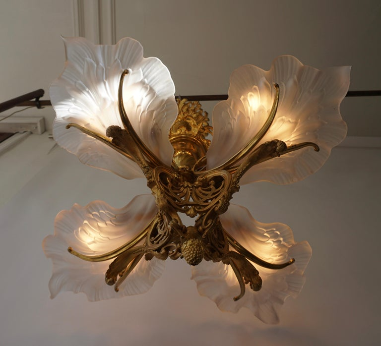 French Gilt Bronze Chandelier with Frosted Glass For Sale 6