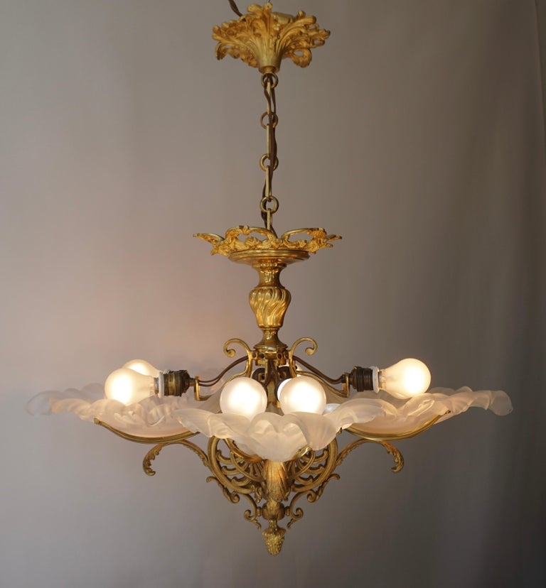 French Gilt Bronze Chandelier with Frosted Glass For Sale 4