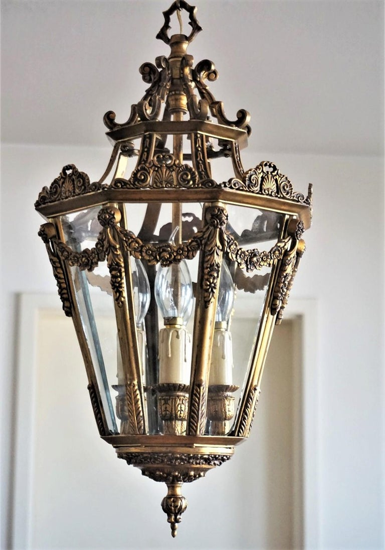 Late 19th Century French Gilt Bronze Eight-Sided Clear Glass Four-Light Lantern For Sale 2