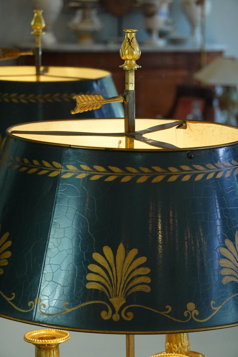 French Gilt-Bronze Neoclassical Bouillotte Lamp with Tole Shade For Sale 7