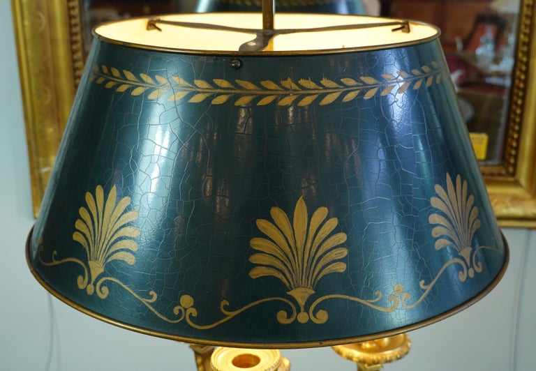 French Gilt-Bronze Neoclassical Bouillotte Lamp with Tole Shade For Sale 8