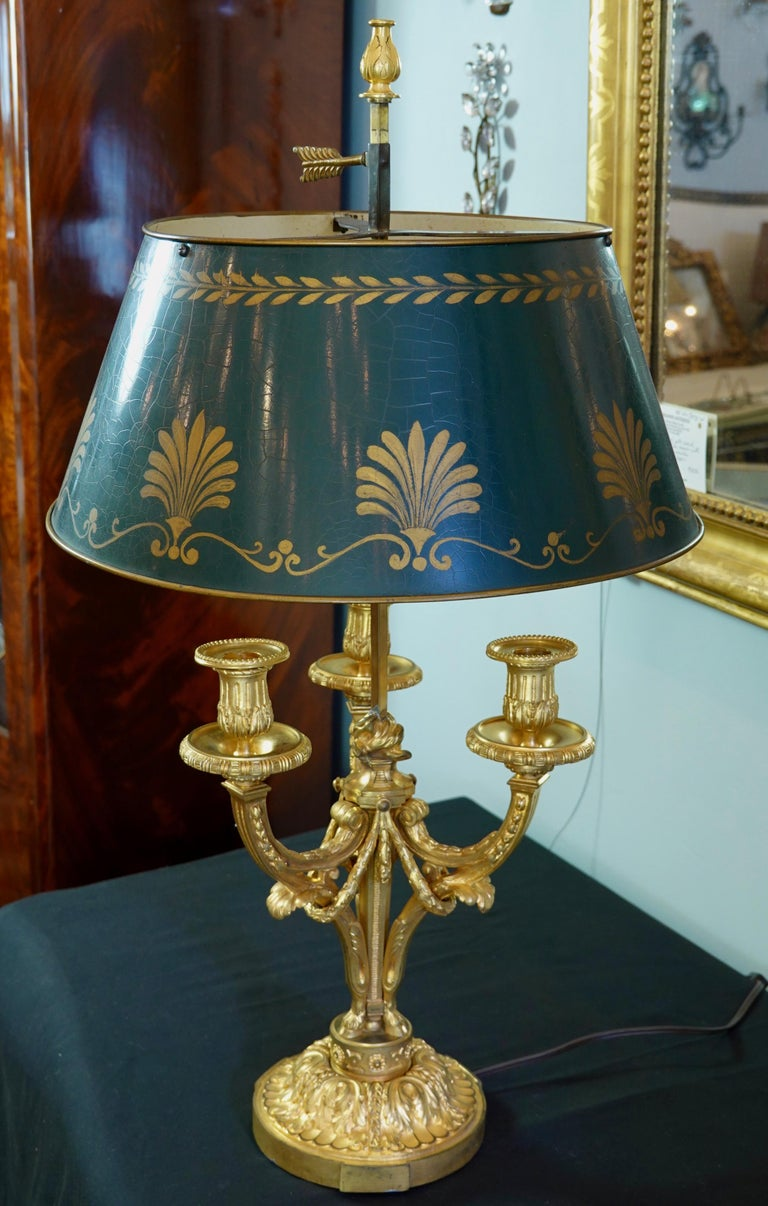 French Gilt-Bronze Neoclassical Bouillotte Lamp with Tole Shade For Sale 9