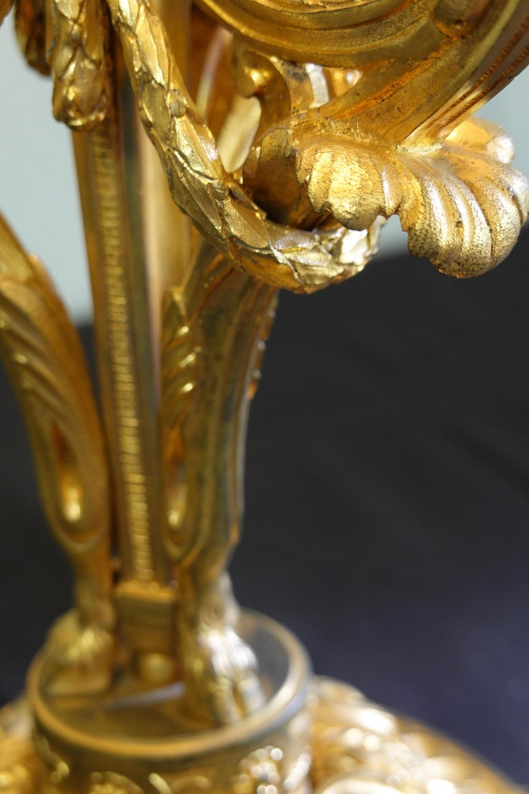 French Gilt-Bronze Neoclassical Bouillotte Lamp with Tole Shade For Sale 11
