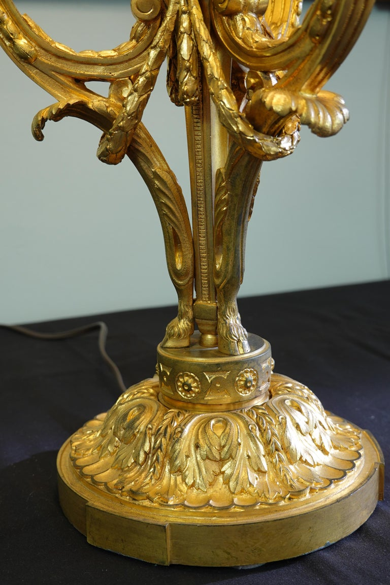 French Gilt-Bronze Neoclassical Bouillotte Lamp with Tole Shade For Sale 12