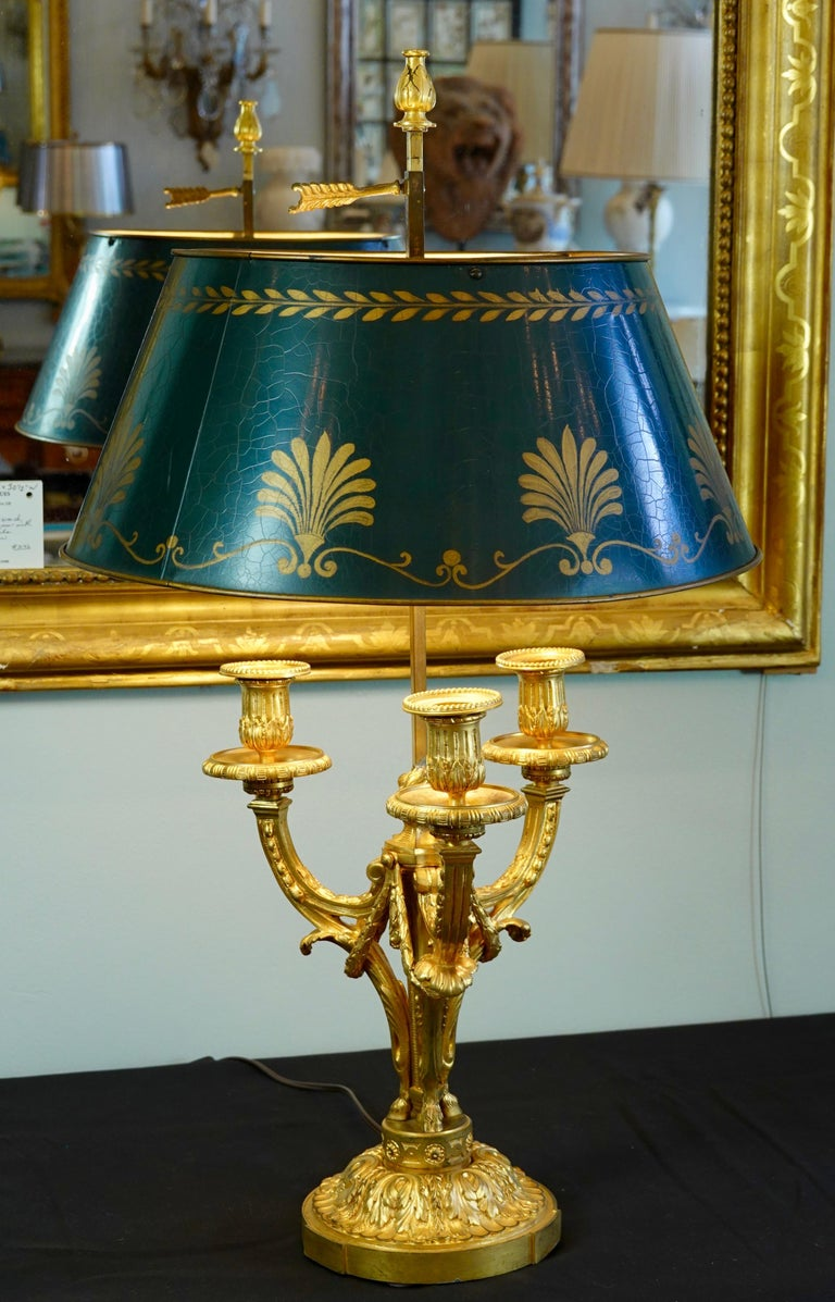 Louis XVI French Gilt-Bronze Neoclassical Bouillotte Lamp with Tole Shade For Sale