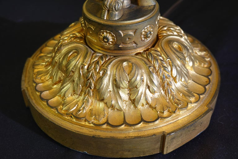 French Gilt-Bronze Neoclassical Bouillotte Lamp with Tole Shade For Sale 3
