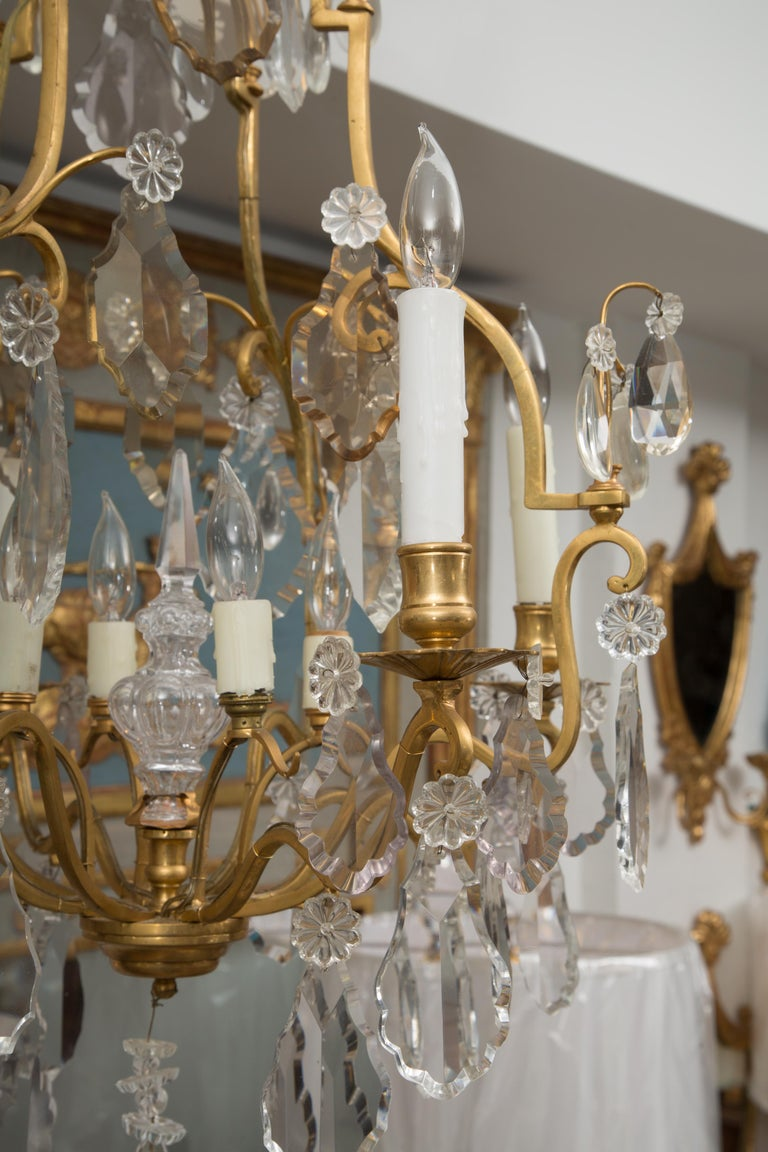 French Gilt Metal Chandelier with Crystal Drops For Sale 3