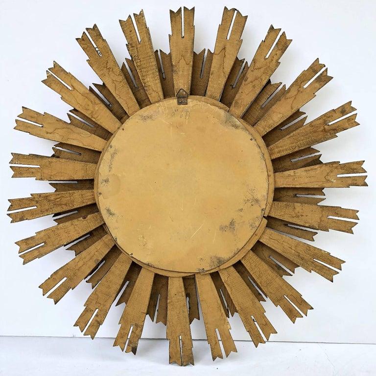 French Gilt Starburst or Sunburst Mirror (Diameter 25) For Sale 3