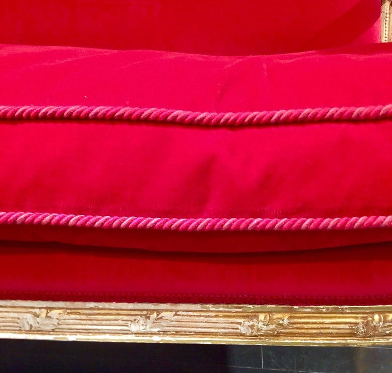 French Giltwood Settee Sofa, Style Louis XVI, Red Velvet, 19th Century For Sale 13