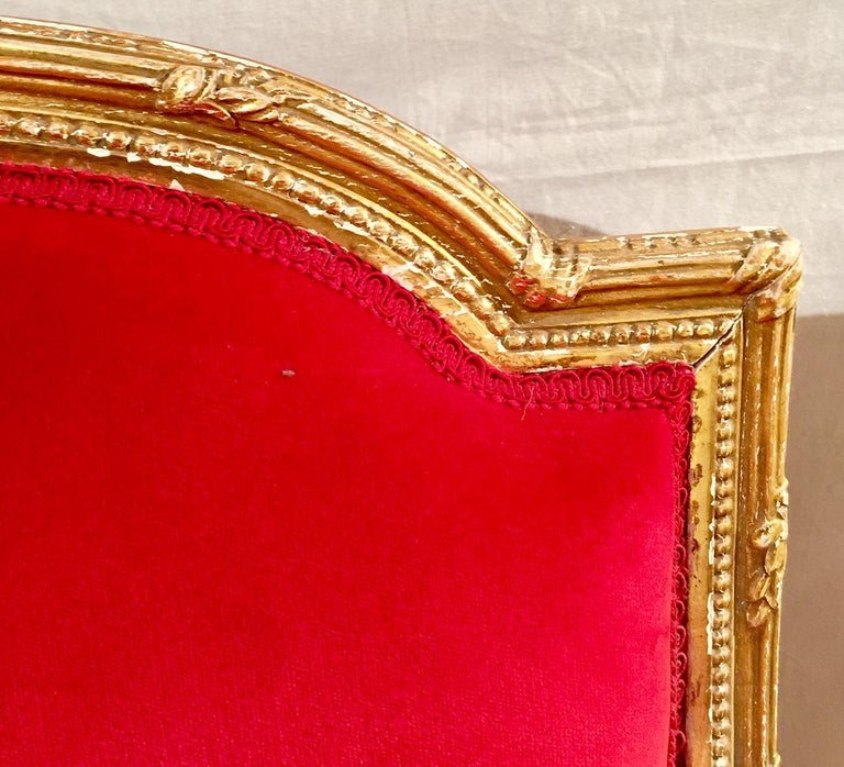 French Giltwood Settee Sofa, Style Louis XVI, Red Velvet, 19th Century For Sale 4