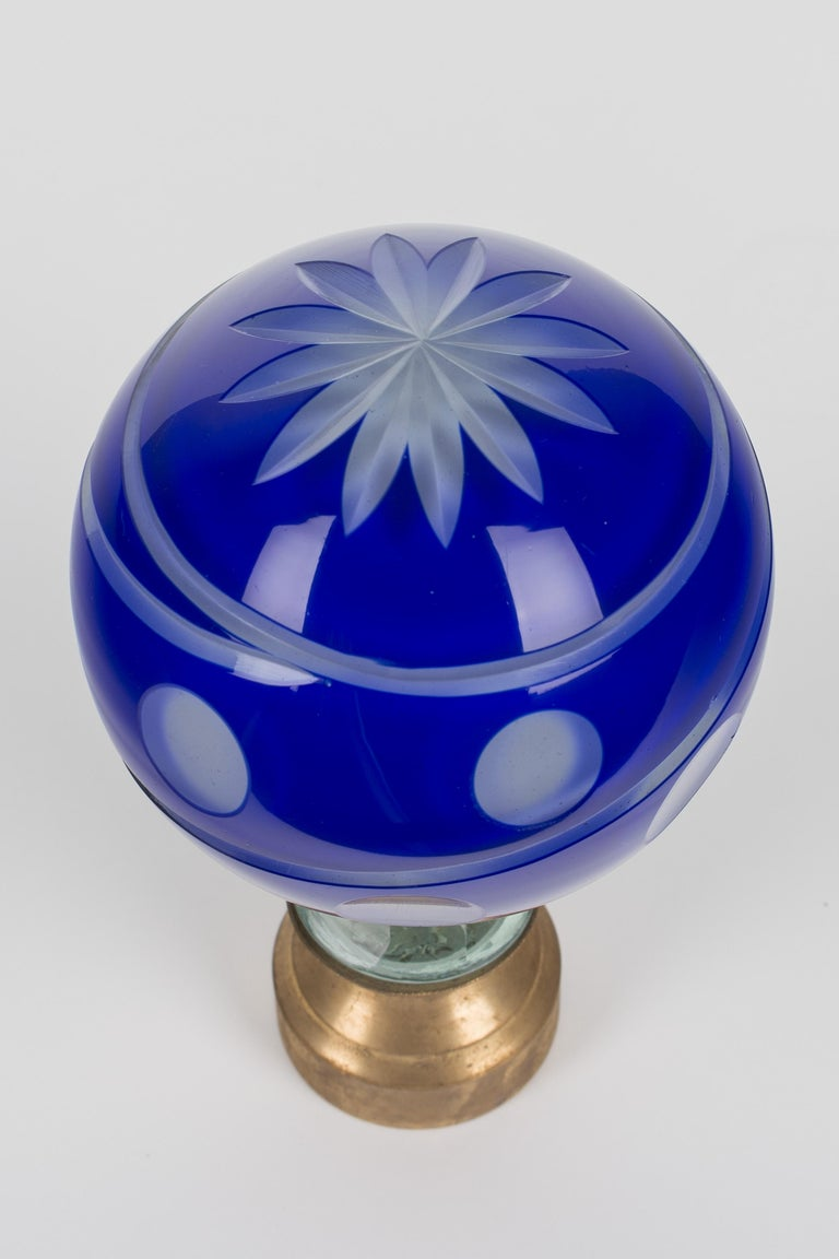 French Glass Boule d'Escalier or Newel Post Finial For Sale 4