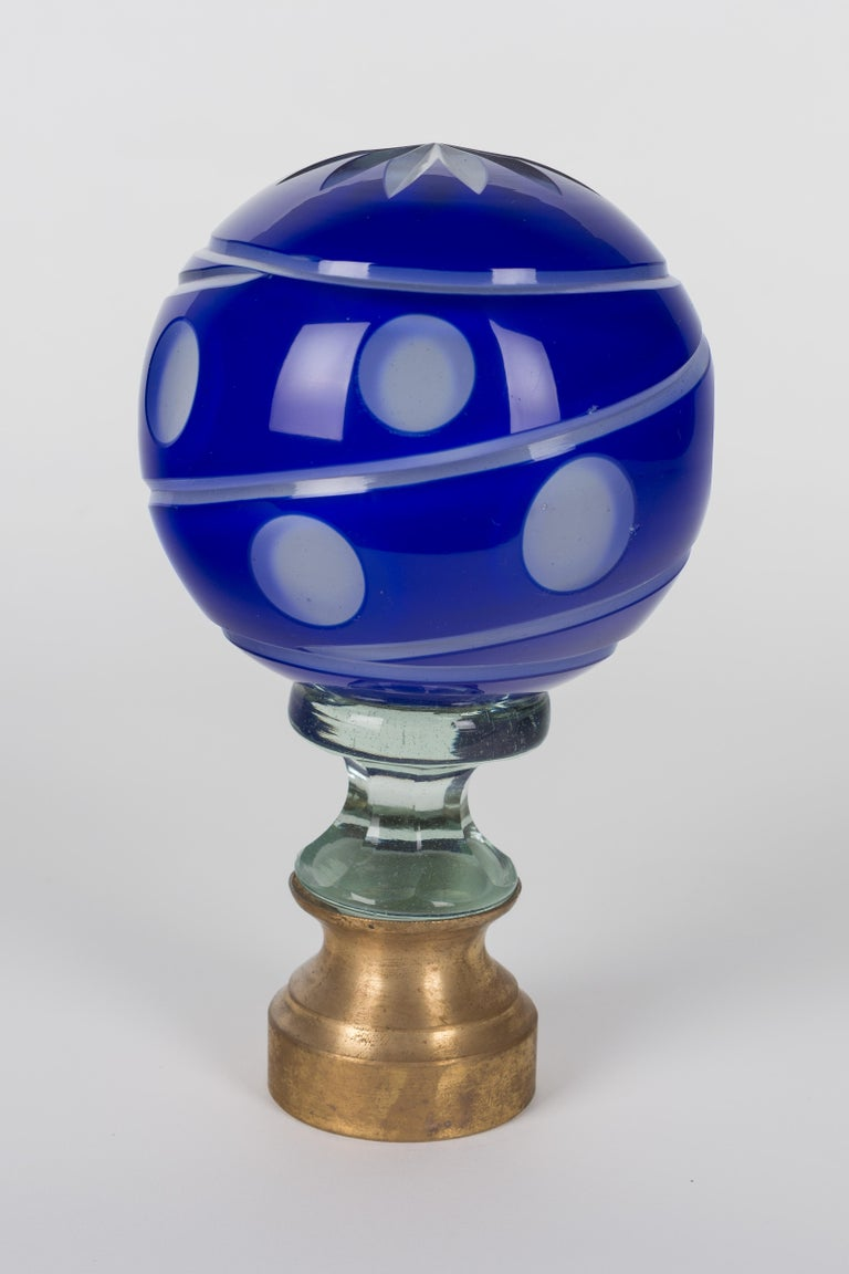 French Glass Boule d'Escalier or Newel Post Finial In Excellent Condition For Sale In Winter Park, FL