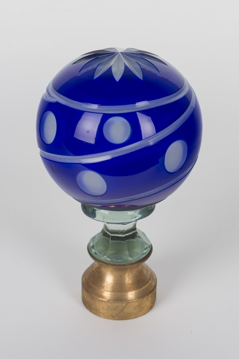 French Glass Boule d'Escalier or Newel Post Finial For Sale 2