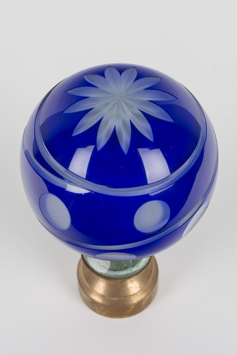 French Glass Boule d'Escalier or Newel Post Finial For Sale 3
