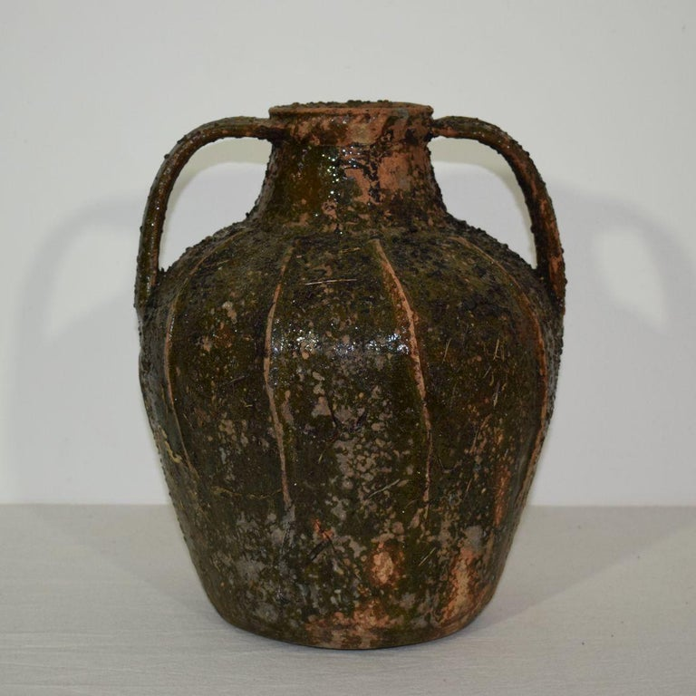 French Glazed Terracotta Walnut Oil Jug, 18th Century In Good Condition For Sale In Amsterdam, NL
