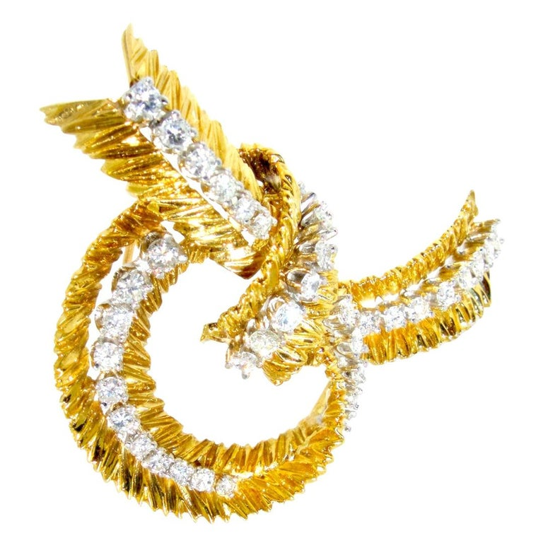 French Gold and Diamond Stylized Bow Brooch, circa 1965 For Sale