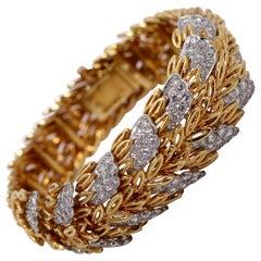 French Gold Leaf Pattern Bracelet with Diamonds