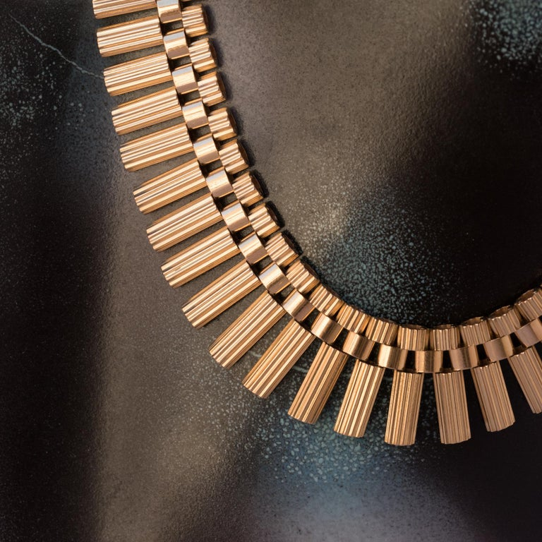 French Gold necklace For Sale 1