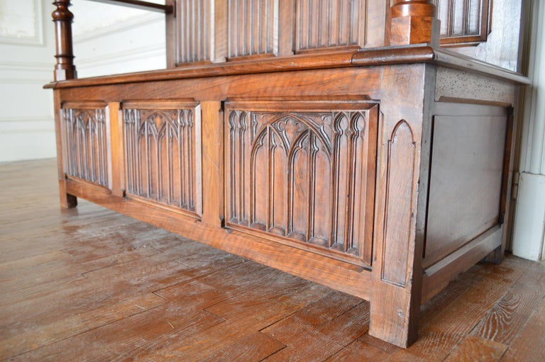 French Gothic Hall Chest Bench in Carved Walnut, circa 1890 For Sale 5