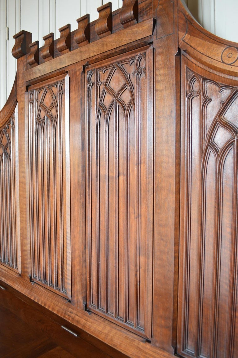 French Gothic Hall Chest Bench in Carved Walnut, circa 1890 For Sale 9
