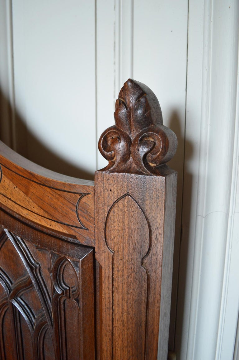 French Gothic Hall Chest Bench in Carved Walnut, circa 1890 For Sale 11