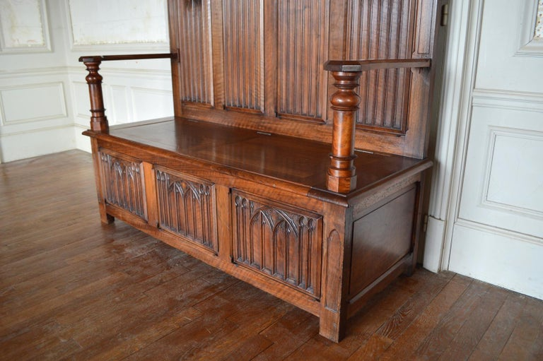 Late 19th Century French Gothic Hall Chest Bench in Carved Walnut, circa 1890 For Sale