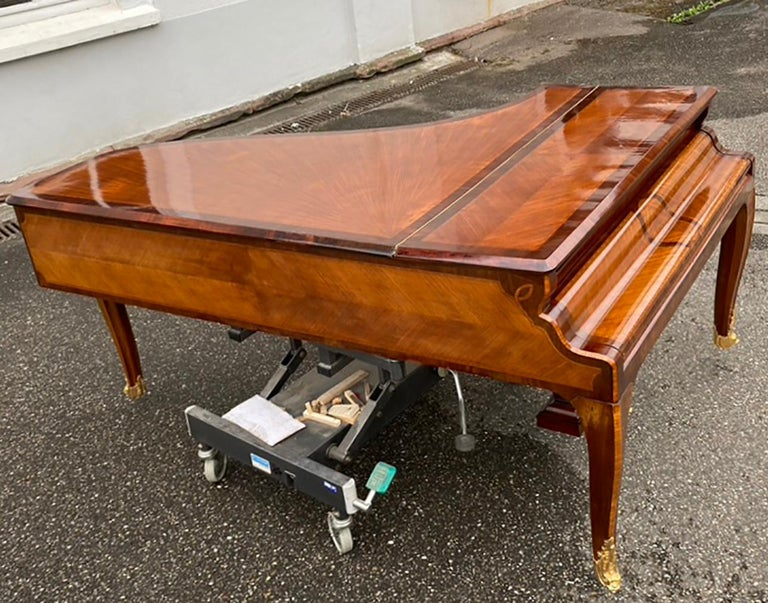 French Grand Piano Mercier Louis XV Ormolu Bronzes Marquetry Mahogany Rosewood  For Sale 4