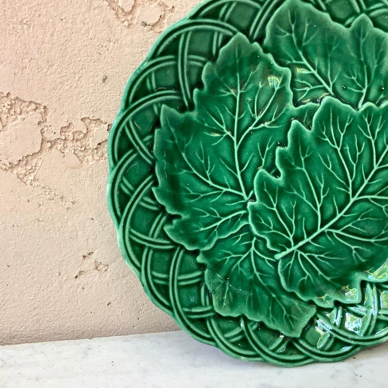 Country French Green Majolica Leaves Plate, circa 1880 For Sale