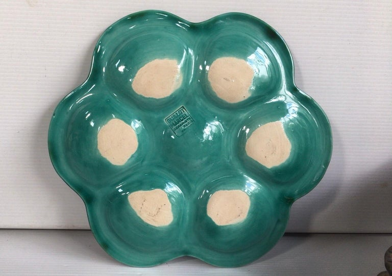 French green Majolica oyster signed Marcel Guillot, circa 1950.