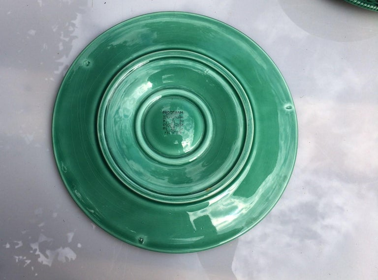 French green Majolica oyster plate signed Proceram, circa 1950.