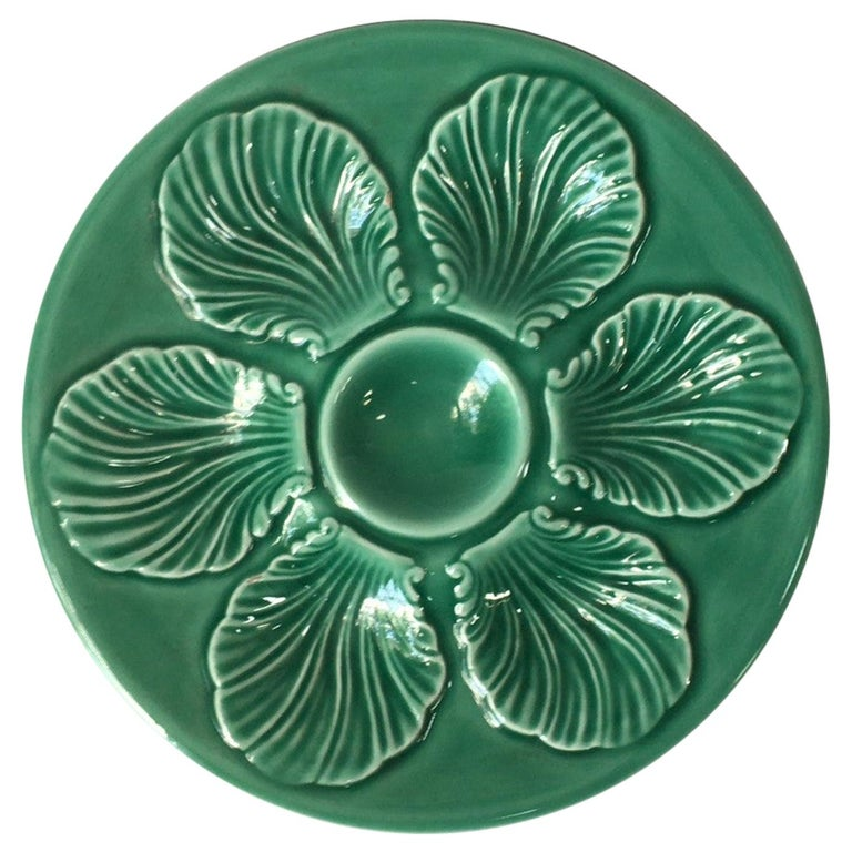 French Green Majolica Oyster Plate Proceram, circa 1950 For Sale