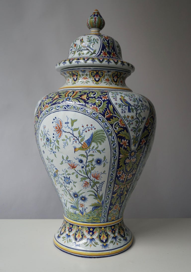French Hand Painted Faience Urn or Vase with Flowers and Birds Motifs In Good Condition For Sale In Antwerp, BE