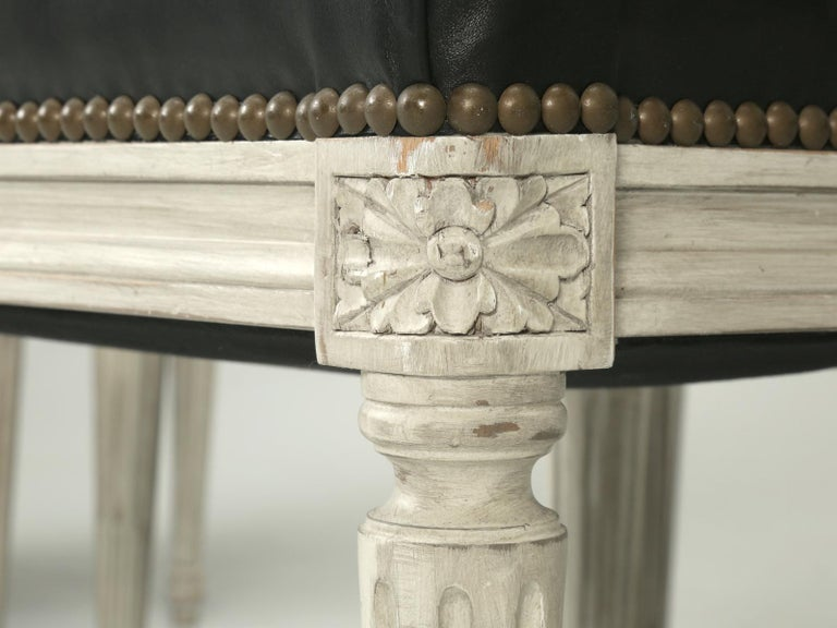 French Handmade, Louis XVI Style Chairs, Aged White/Gray Paint & Black Leather For Sale 3