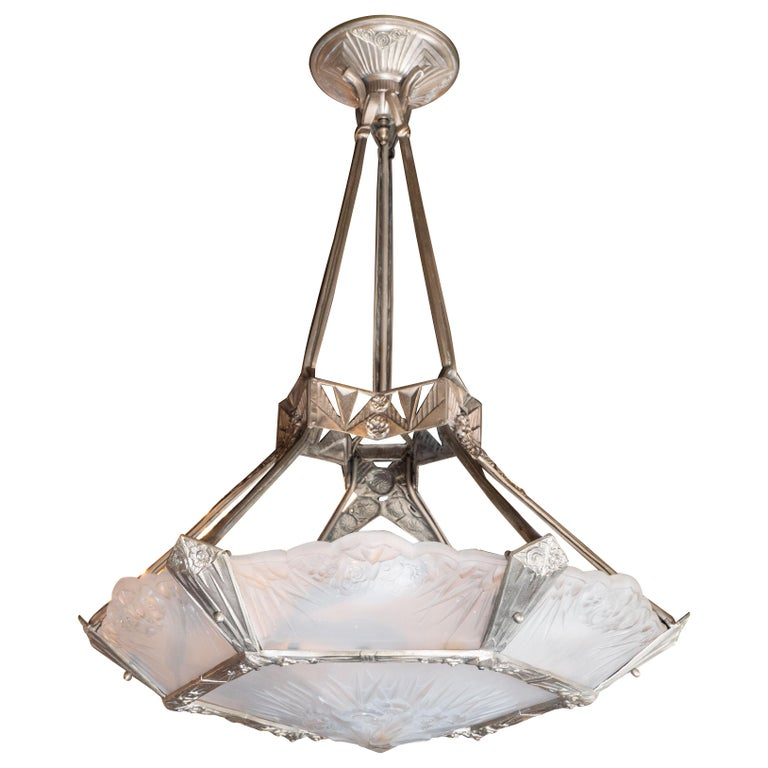 French Art Deco Cubist Silvered Bronze and Frosted Glass Chandelier For Sale 10