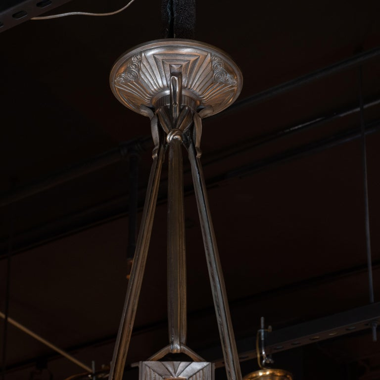 French Art Deco Cubist Silvered Bronze and Frosted Glass Chandelier For Sale 1