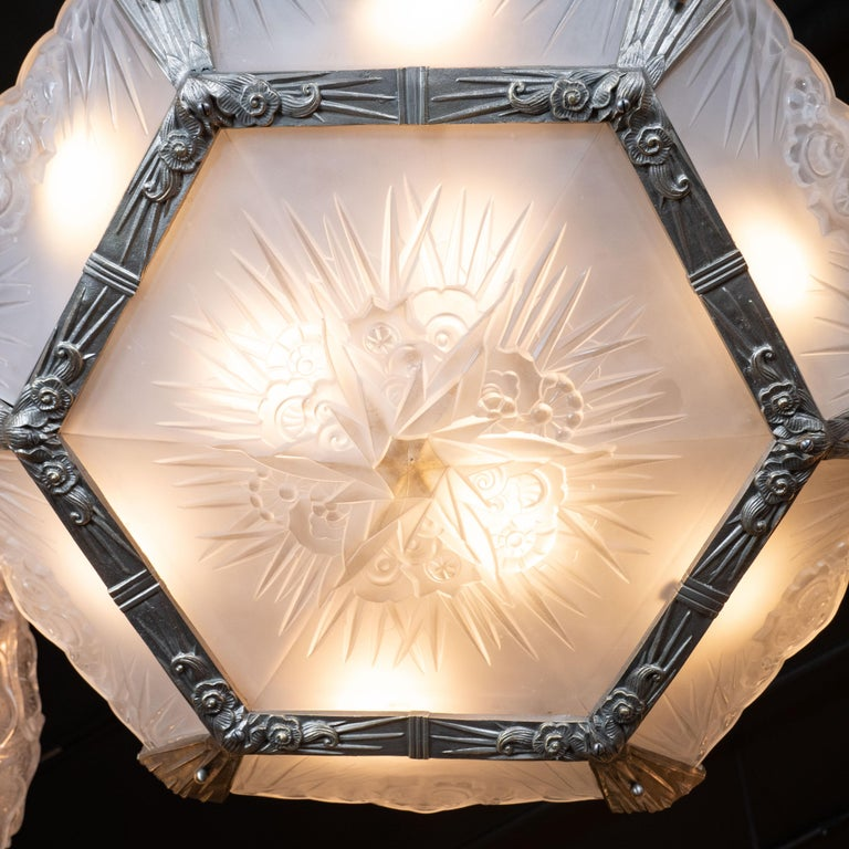 French Art Deco Cubist Silvered Bronze and Frosted Glass Chandelier For Sale 4