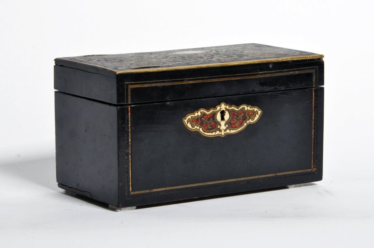 French Jewelry Box In Good Condition For Sale In Chicago, IL